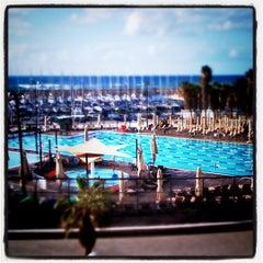 Photo taken at Gordon Swimming Pool by Crottin C. on 12/10/2011