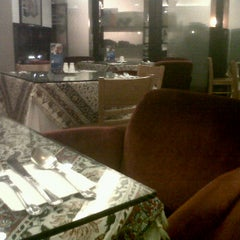 Photo taken at D Persian House: Authentic Persian Mediterranean Food by Noel M. on 7/1/2012