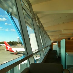 Photo taken at Qantas Club by Cha D. on 4/9/2012