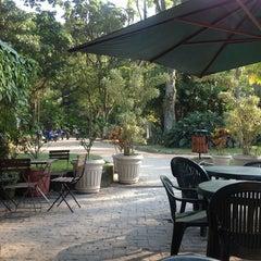 Photo taken at Café Botânica by Renato O. on 9/3/2012