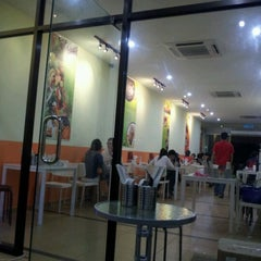 Photo taken at Yummy Taiwan by Mark F. on 12/23/2011