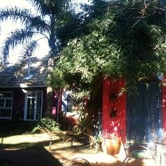Photo taken at Pousada Villa do Arquiteto by Perla Maris K. on 7/24/2011