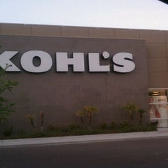 Photo taken at Kohl's by Areliis R. on 4/19/2011