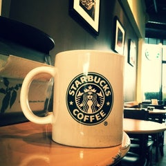 Photo taken at Starbucks | ستاربكس by Abdulrahman on 2/18/2012