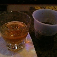 Photo taken at Maddy's Again Neighborhood Pub & Grill by Dave K. on 9/6/2011