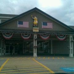 Photo taken at Charlton Service Plaza (Westbound) by Owen P. on 12/28/2011