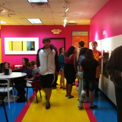 Photo taken at Twisted Fruit Frozen Yogurt by Elizabeth R. on 9/24/2011