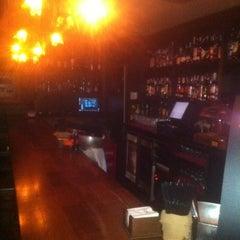 Photo taken at Cafe Pub Ganivet 13 by No solo una idea on 1/25/2012