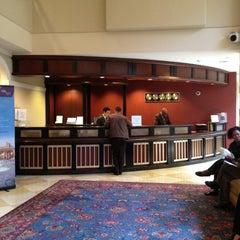 Photo taken at Sheraton Pentagon City Hotel by Lee J. on 3/9/2012