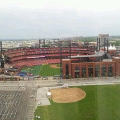 Photo taken at Hilton St. Louis at the Ballpark by Kent L. on 4/22/2012