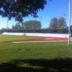 Das Foto wurde bei Ahorn Sportpark von Julio C. am 10/16/2011 aufgenommen