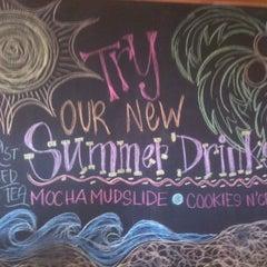 Photo taken at The Coffee Bean & Tea Leaf® by Doug M. on 6/9/2012