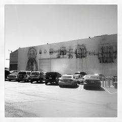 Das Foto wurde bei The Geffen Contemporary (MoCA) von Devon A. am 6/25/2012 aufgenommen