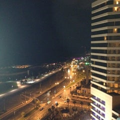 Photo taken at Dan Panorama Tel Aviv (דן פנורמה) by Franco on 9/2/2012