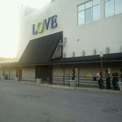 Photo taken at Love Night Club by Kevin S. on 7/3/2012