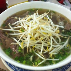 Photo taken at Phở 88 by Adam P. on 8/16/2011