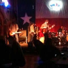 Photo taken at River Road Icehouse by Robert B. on 12/18/2011