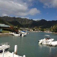 Photo taken at The Diva Boat by Kelly M. on 12/25/2011