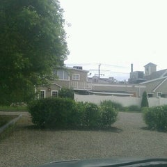 Photo taken at 1640 Hart House by Alissa K. on 6/3/2012