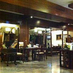 Photo taken at Rainforest Boutique Hotel Chiang Mai by AuTo™ on 6/11/2012