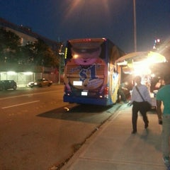 Photo taken at Mega Bus - W 34th St & 11 Av (Amherst/Chicago/Fairhaven/Albany/Burlington/Philadelphia/Washington DC/Boston/Syracuse/Rochester/Buffalo/Toronto/State Collage/Pittsburg) by Vashawn V. on 9/1/2012