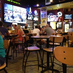 Photo taken at Buffalo Wild Wings by Joe R. on 7/7/2012