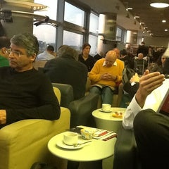 Photo taken at Lufthansa Business Lounge A (Schengen) by Regis K. on 11/22/2011