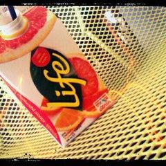 Photo taken at Splash Cafe by linouz on 1/10/2012
