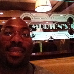 Photo taken at Morton's The Steakhouse by Jimmie W. on 8/26/2012
