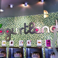 Photo taken at Yogurtland by Jessica H. on 6/12/2012