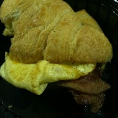 Photo taken at Corner Bakery by Miss D. on 4/25/2012