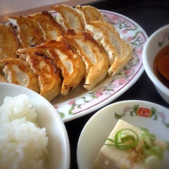 Photo taken at 餃子の王将 伊勢崎店 by utaiwa on 4/17/2012