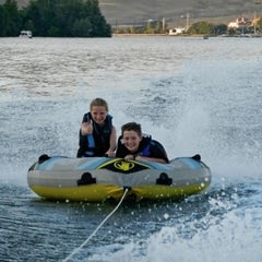 Photo taken at Snake River, Mouth Of The Hells Canyon by Bart R. on 7/4/2012
