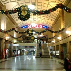 Photo taken at Adelaide Railway Station by Ronny I. on 11/24/2011