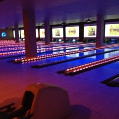 Photo taken at Lucky Strike New York by stephanie on 4/3/2012