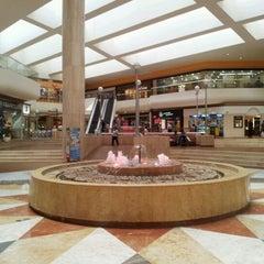 Foto tomada en Galerías Monterrey por César A. el 8/21/2012