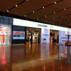 Photo taken at Finnair Tax-free Shop by Friki D. on 9/30/2011