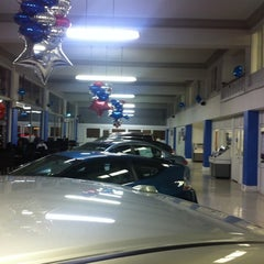 Photo taken at Honda of Downtown Los Angeles by Dave E. on 11/10/2011
