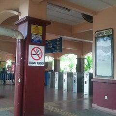 Photo taken at KTM Line - Sungai Buloh Station (KA08) by uji o. on 10/29/2011