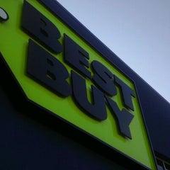 Photo taken at Best Buy by Benton on 3/12/2012