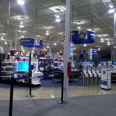 Photo taken at Best Buy by Mark a. on 12/29/2011