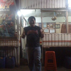 Photo taken at Soto Sport by Fame M. on 4/7/2012