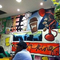 Photo taken at Burger King by Rafael C. on 5/27/2012