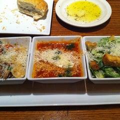 Photo taken at Romano's Macaroni Grill by NoK ^. on 4/16/2011
