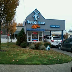 Photo taken at Dutch Bros. Coffee by Kimberly K. on 11/29/2011