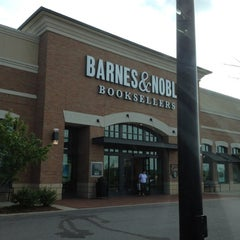 Photo taken at Barnes & Noble by T-Bone C. on 4/3/2012
