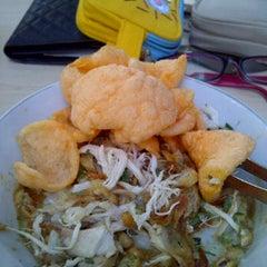 Photo taken at Kantin KPPTI Lantai 8 by Indri R. on 12/9/2011