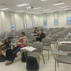 Photo taken at Willard Hall Education Building #UDel by Maxim K. on 7/19/2012