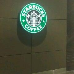 Photo taken at Starbucks by Sosha d. on 7/30/2012