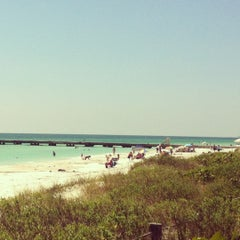 Photo taken at Coquina Beach by Remy Dodoy J. on 5/23/2012